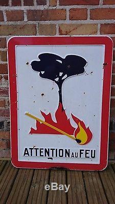 ANCIENNE PLAQUE EMAILLEE PANNEAU SIGNALISATION ATTENTION AU FEU neuhaus 1975