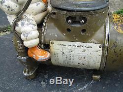 Ancien compresseur gonfleur R toussaint publicité bibendum michelin garage 1930