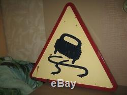 Ancien panneau emaillé signalisation reformé chaussée glissante de 1962