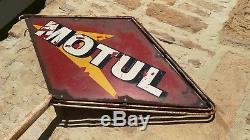Ancienne grande plaque émaillée MOTUL sur son support