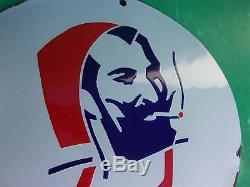 Ancienne plaque emaillée pas courante ZIG-ZAG, bombée