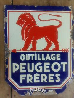 Ancienne plaque émaillée double face OUTILLAGE PEUGEOT FRERES en vente ici 1930