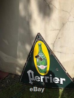 Ancienne plaque emaillee perrier