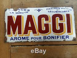 Ancienne plaque émaillée simple face bombée MAGGI AROME POUR BONIFIER années 30