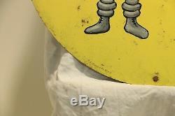 Conformateur ou plaque ronde en tôle peinte Michelin par Savignac