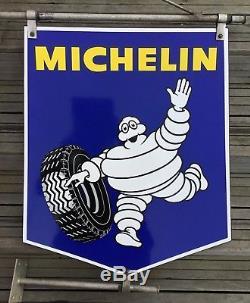 Enseigne émaillée Michelin Double Face avec sa potence dorigine / État TOP.