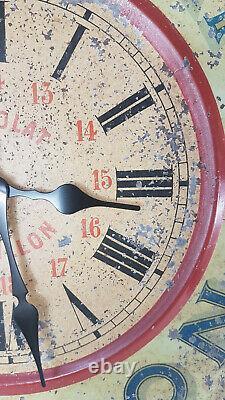 Horloge ancienne publicitaire Chocolat Revillon en tôle