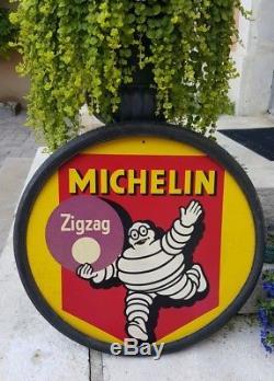 Michelin bibendum pas plaque émaillée matière inconnue bakelite