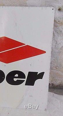 Plaque KLEBER tôle peinte/panneau publicitaire pneu agricole/années 50-60/chien