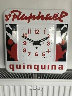 Plaque emaillee Horloge St Raphael