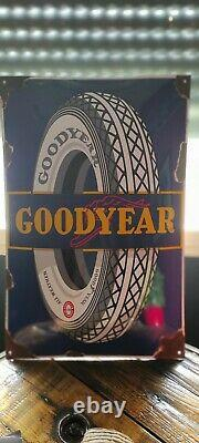 Plaque emaillee ancienne Goodyear 1980
