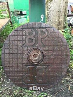 Plaque emaillee ancienne Plaque Fonte BP
