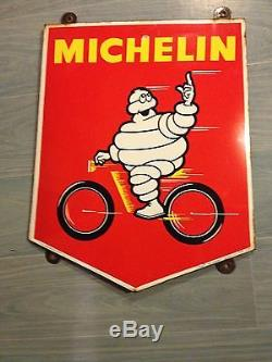 Plaque emaillee michelin rouge rare