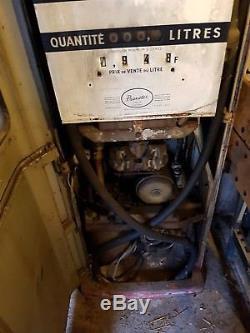 Pompe a essence ancienne