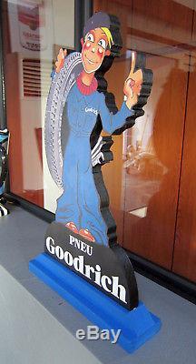 Presentoir Pneu Goodrich