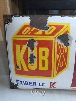 Rare Plaque Émaillée ancienne Kub Exigez le Kub bombée