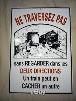 SNCF rare plaque émaillée polychrome un train peut en cacher un autre