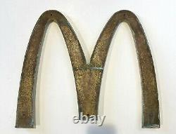 Superbe Enseigne McDonalds Collector dorée et patinée, Circa 1970 8 kg